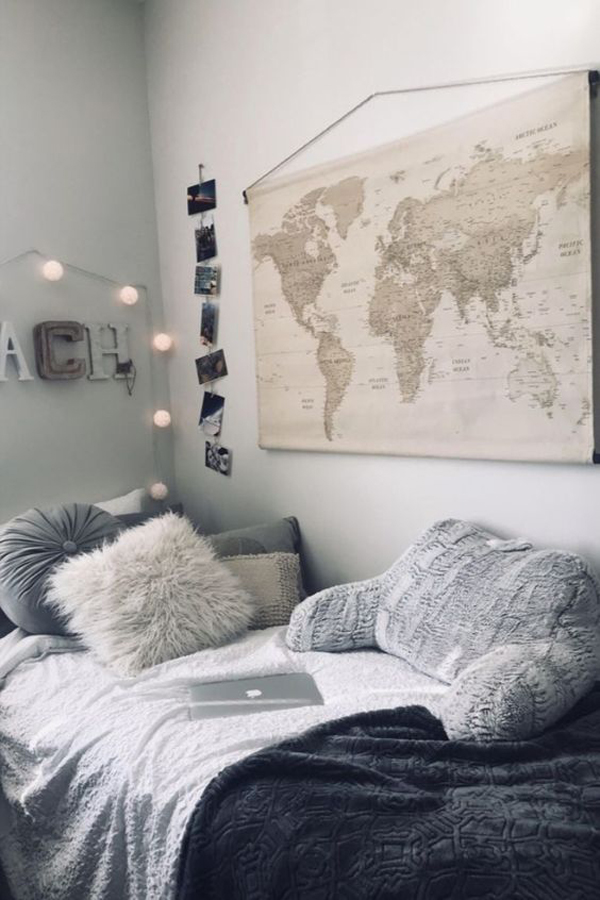 world-map-hanging-wall-for-dorm-room