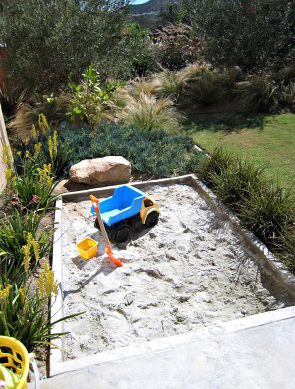 backyard-kid-sandbox-design