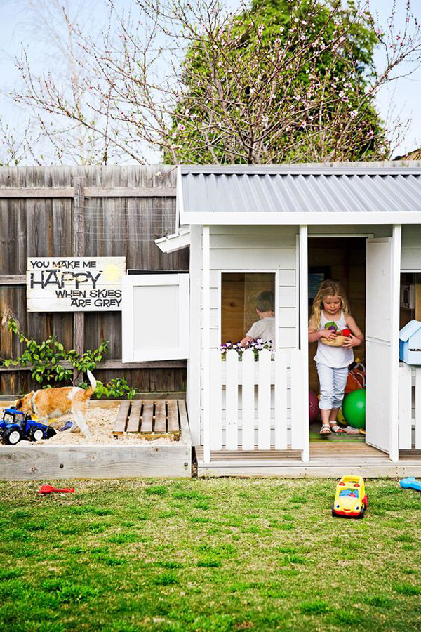 backyard-kids-playhouse-with-sandbox-ideas