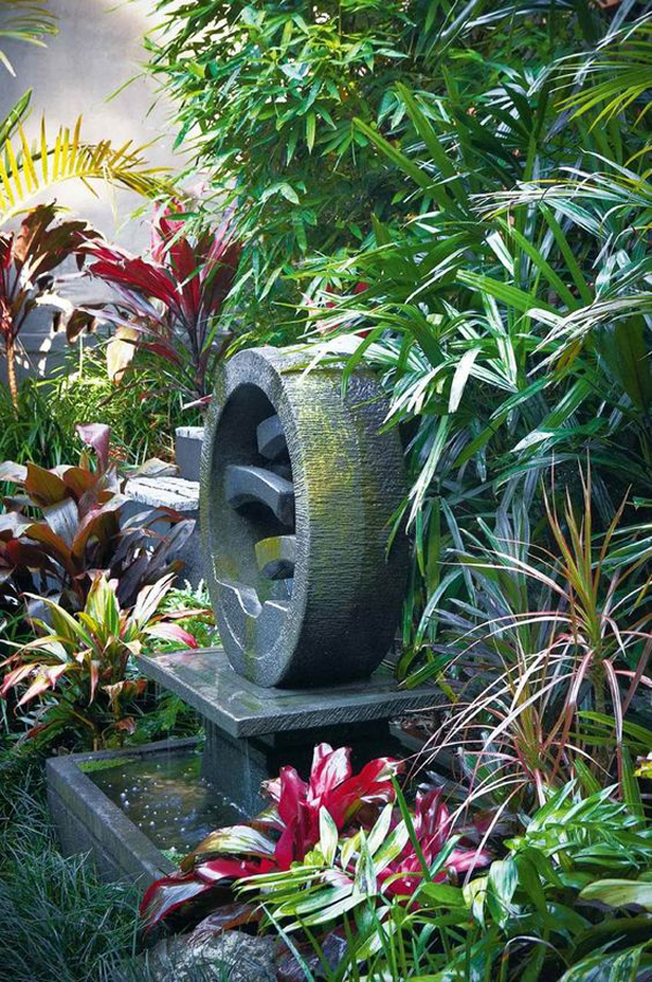 bali-style-garden-with-water-features