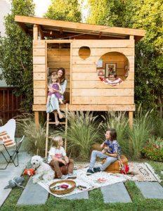 beautiful-backyard-kid-landscape-with-treehouse