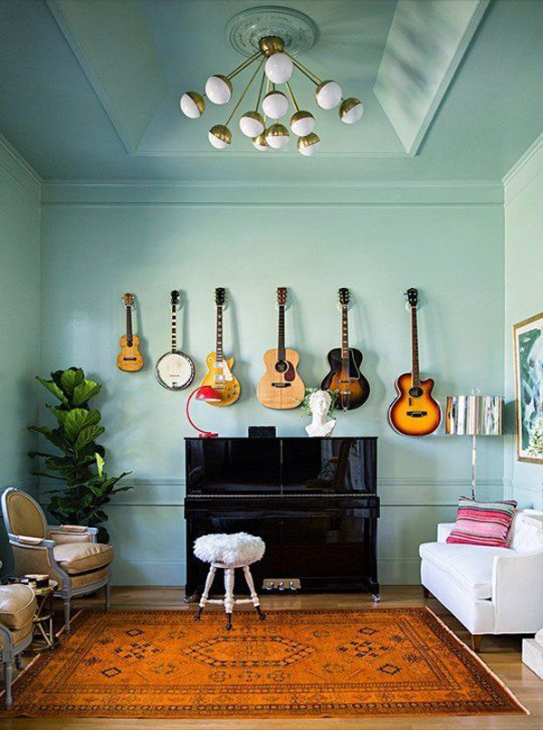 best-diy-guitar-display-wall-with-size-combination