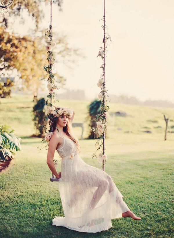 bohemian-floral-tree-swing-ideas
