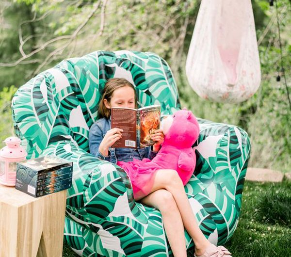 20 Fun And Cozy Outdoor Reading Nooks For Kids