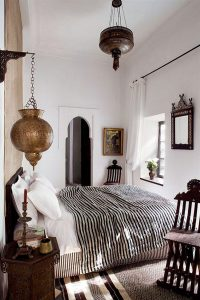 cozy-moroccan-bedroom-ideas-for-small-space