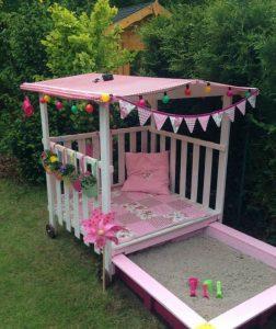 cute-diy-sandbox-playhouses-with-sandbox