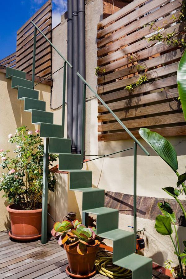 cute-origami-stairs-for-outdoor