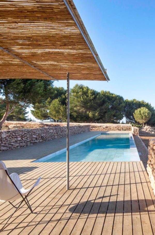 deck-pool-with-bamboo-pergolas