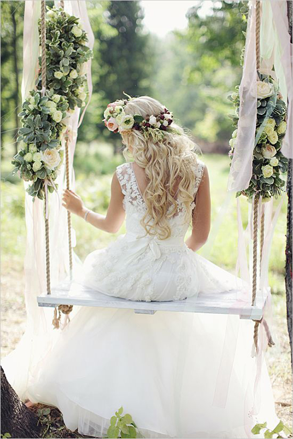 diy-floral-tree-swing-with-curtains