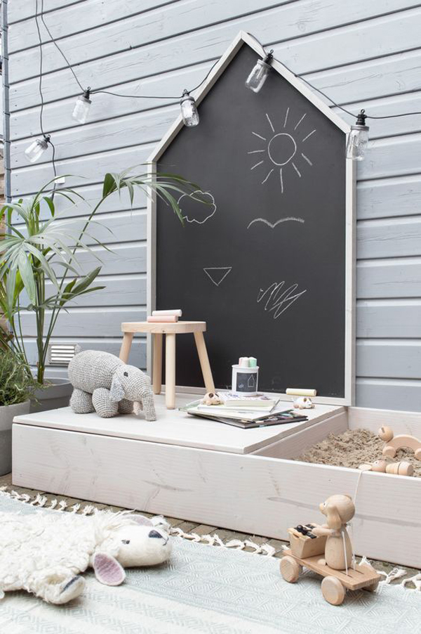 diy-kid-sandbox-play-with-chalkboard