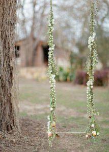 easy-diy-floral-tree-swing-ideas