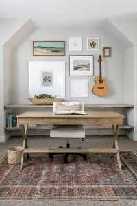 farmhouse-style-gallery-wall-with-guitar-display