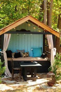 fun-kids-playhouse-with-reading-nook-ideas