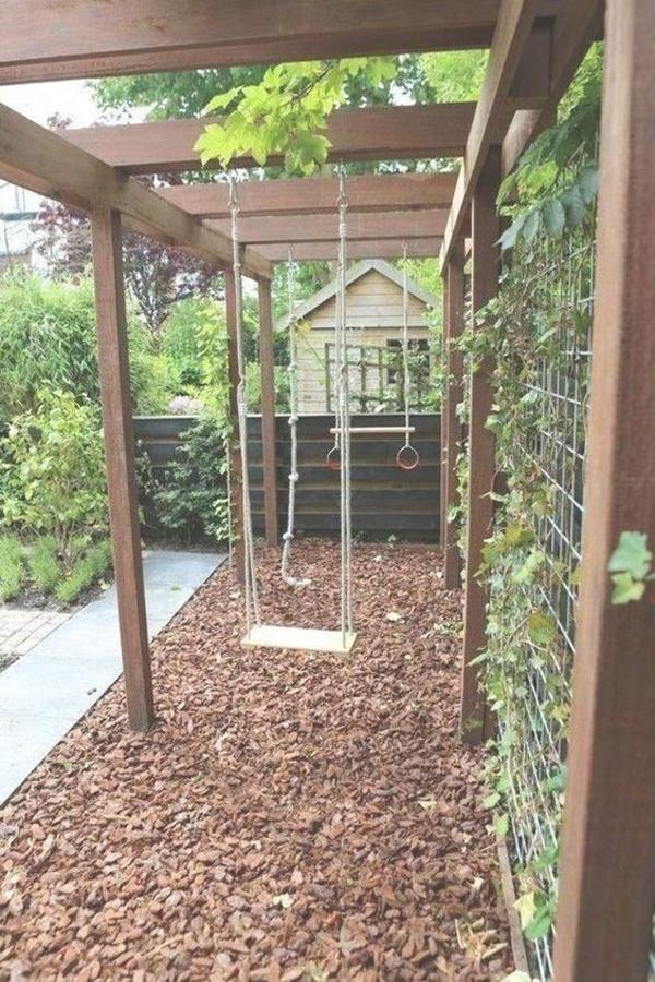 kid-friendly-backyard-with-outdoor-swings