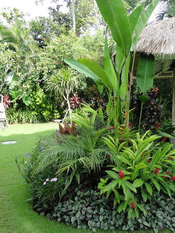 lush-tropical-balinese-garden-ideas