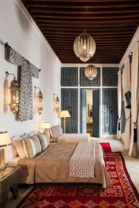 marrakech-bedroom-light-and-decor