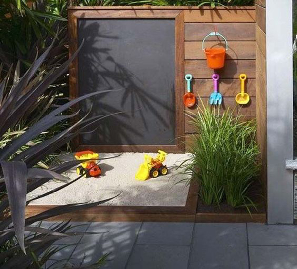modern-diy-small-sandbox-with-chalkboard