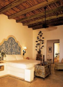 moroccan-bedroom-themed-like-a-holiday
