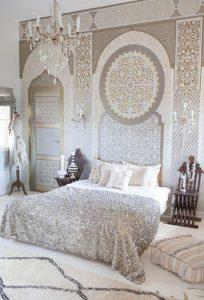 moroccan-wall-stencil-for-bedroom