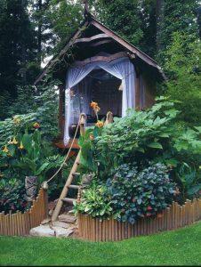natural-backyard-playhouses-garden
