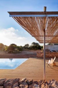 relax-outdoor-lounge-pool-design
