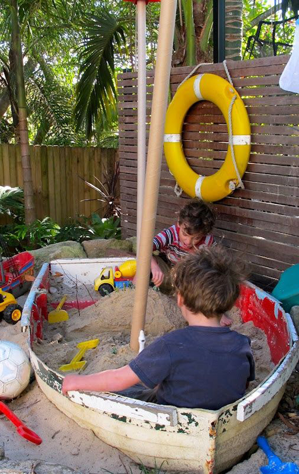 repurposed-old-boats-diy-sandbox