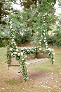 romantic-floral-tree-swing-seats