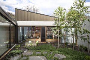 small-backyard-landscapes