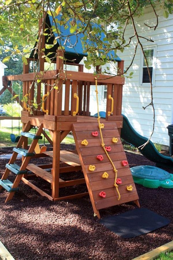 small-backyard-playground-ideas