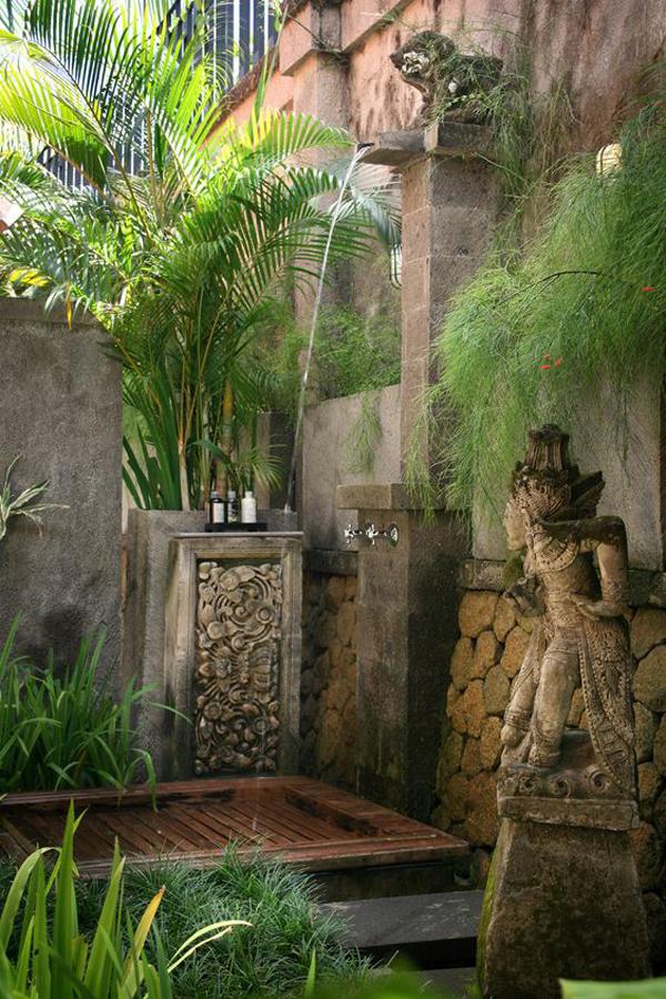 stunning-outdoor-shower-with-bali-style-garden