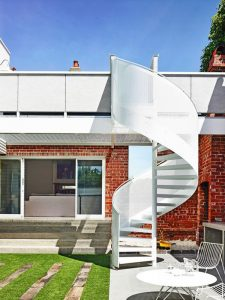 white-spiral-outdoor-staircase-designs