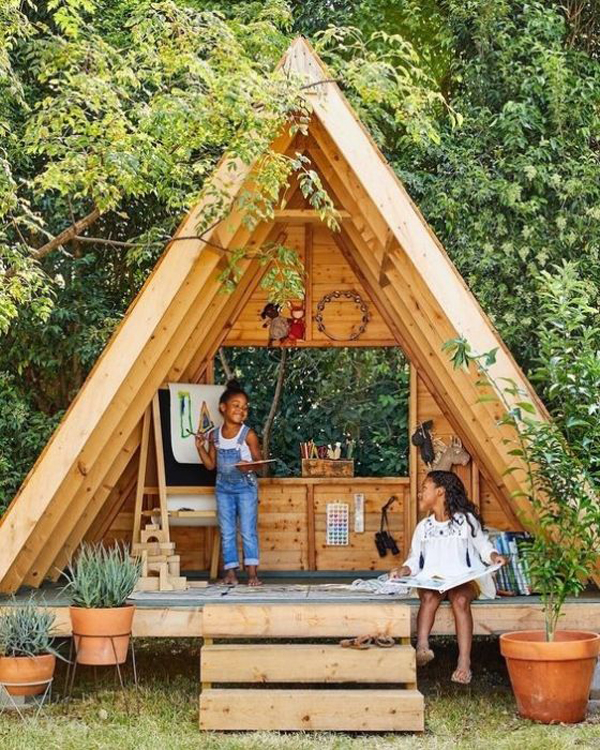 woodeen-a-frame-playhouse-for-study-and-reading-nook