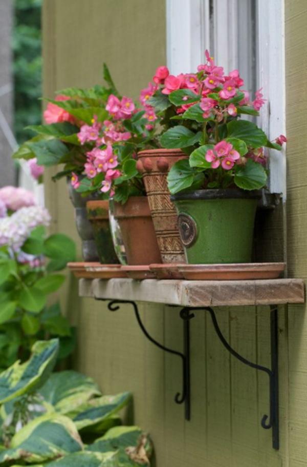 деревянные окна-цветочные ящики-стеллажи