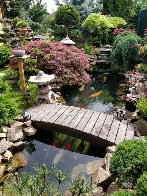 beautiful-japan-brdge-garden-with-ponds