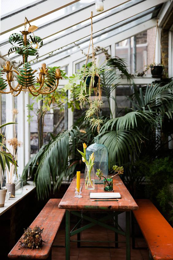 beautiful-jungle-dining-area-integrated-with-outdoor