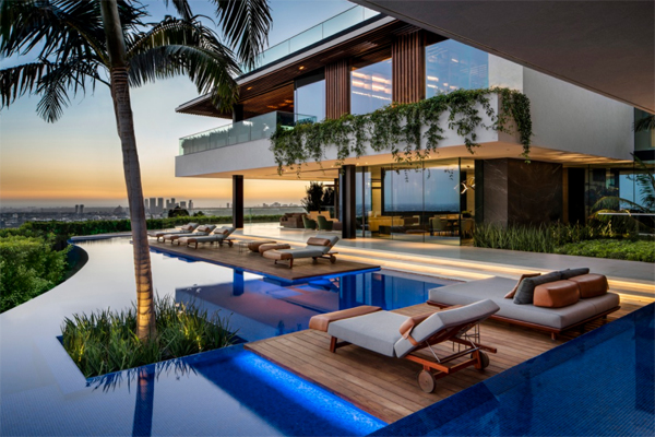 beautiful-outdoor-chaise-lounge-poolside-chair