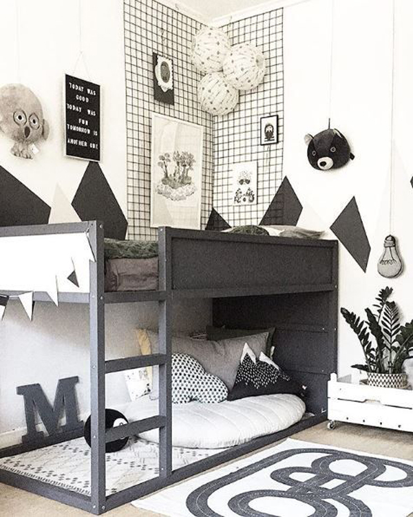 black-and-white-kid-bedroom-with-kura-beds
