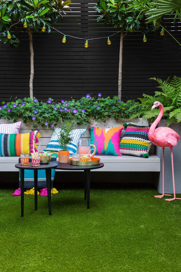 bright-colorful-backyard-summer-with-black-tones