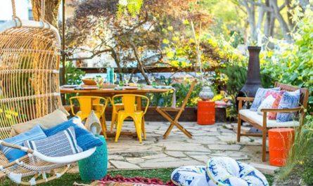 colorful-bohemian-backyard-design
