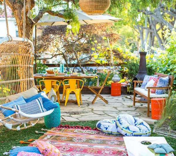 24 Colorful Backyard Makeover Ideas With Budget-Friendly