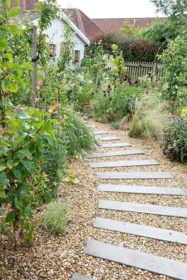 diy-gravel-path-garden