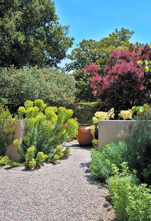 mediterranean-gravel-garden-design