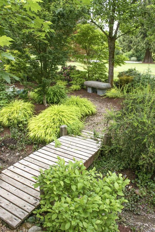 wood-garden-bridge-ideas-for-backyard