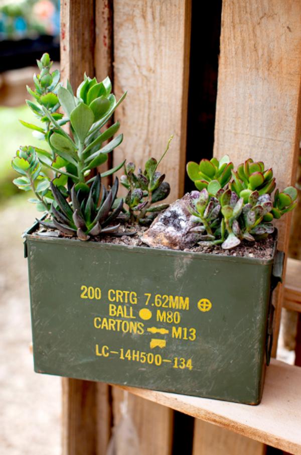 amunition-box-succulent-planter-ideas