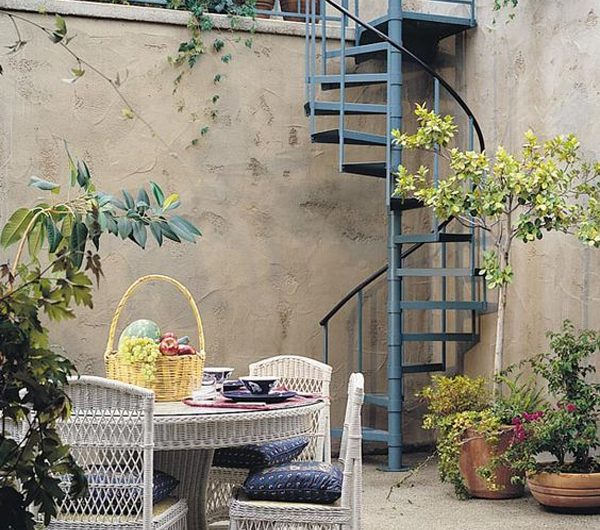 21 Beautiful Spiral Staircase Design For Your Outdoor