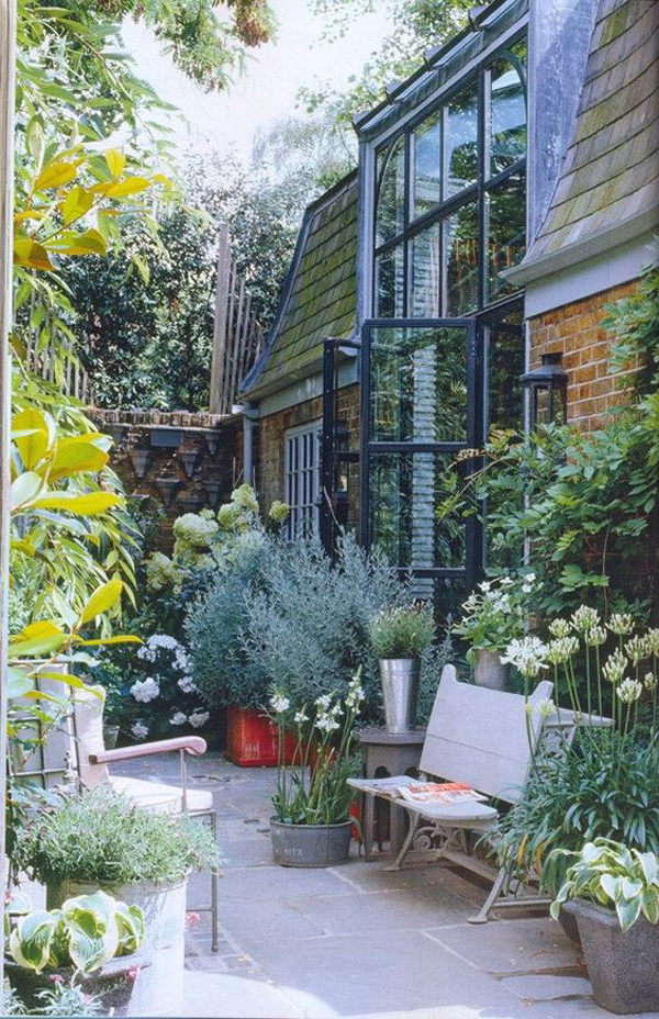 beautiful-urban-jungle-patio-ideas