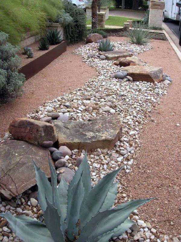 best-desert-landscaping-with-pathway