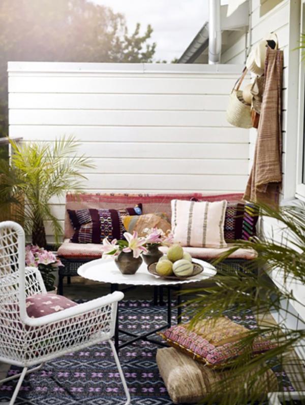 boho-chic-urban-jungle-ideas-for-patios