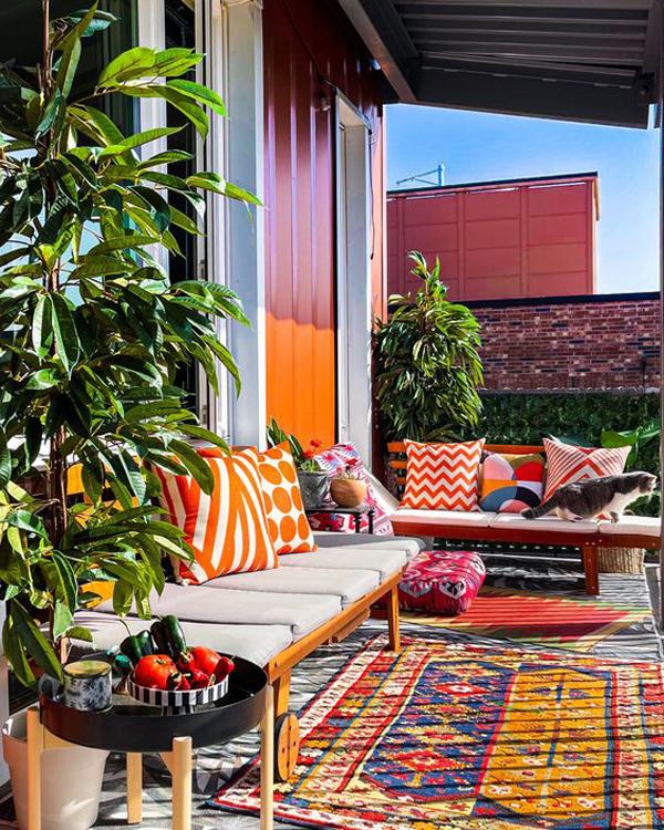 colorful-bohemian-style-balcony