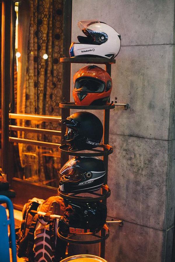 cool-diy-helmet-storage-ideas